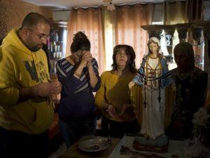 1392170112000-AP-Mideast-Israel-Weeping-Statue